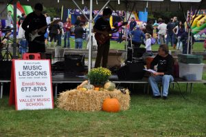 Avon Days - Student band performs from Paul Howard's Valley Music School