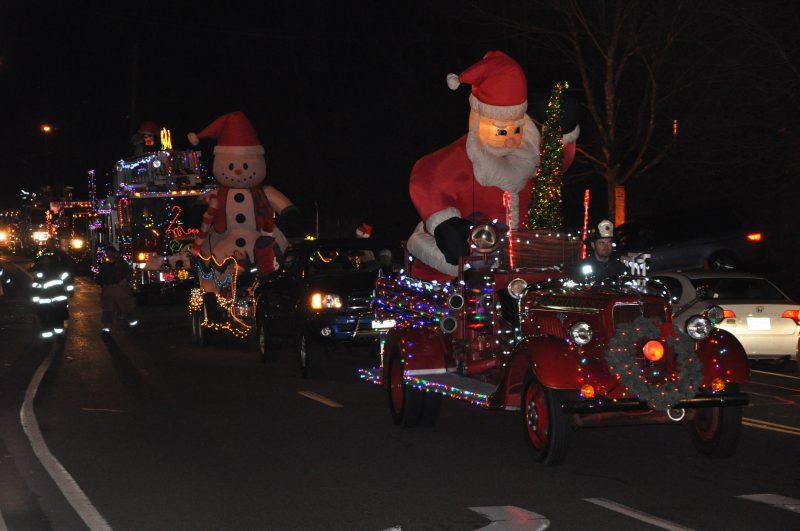 Holiday Parade of Fire Trucks, Simsbury CT