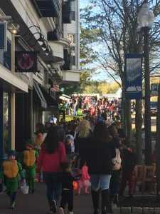 West Hartford Kids Halloween Parade