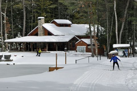 ss-Country-Ski-Winding-Trails