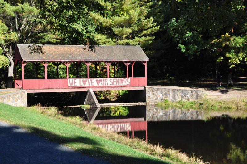 stratton brook park sismbury ct