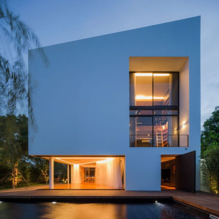 real estate photography contemporary white house